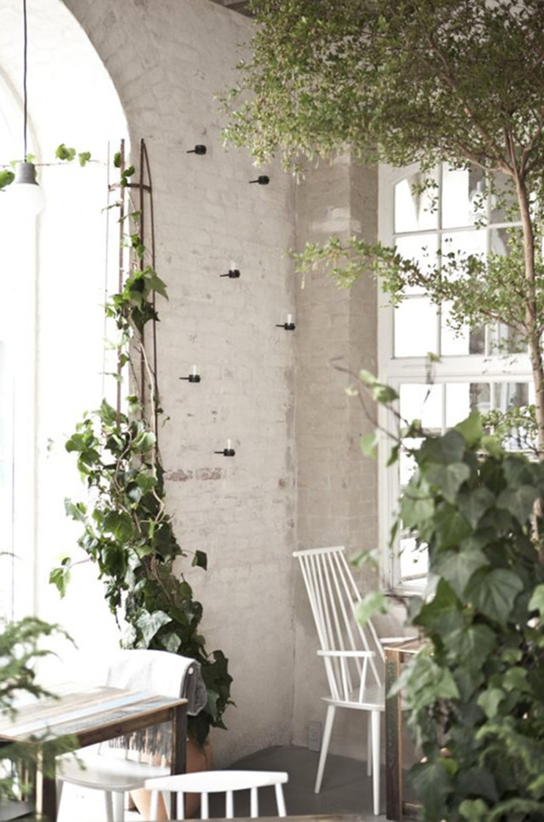 Host-Restaurant-Copenhagen-by-Norm-Architects-and-Menu-Yellowtrace-12