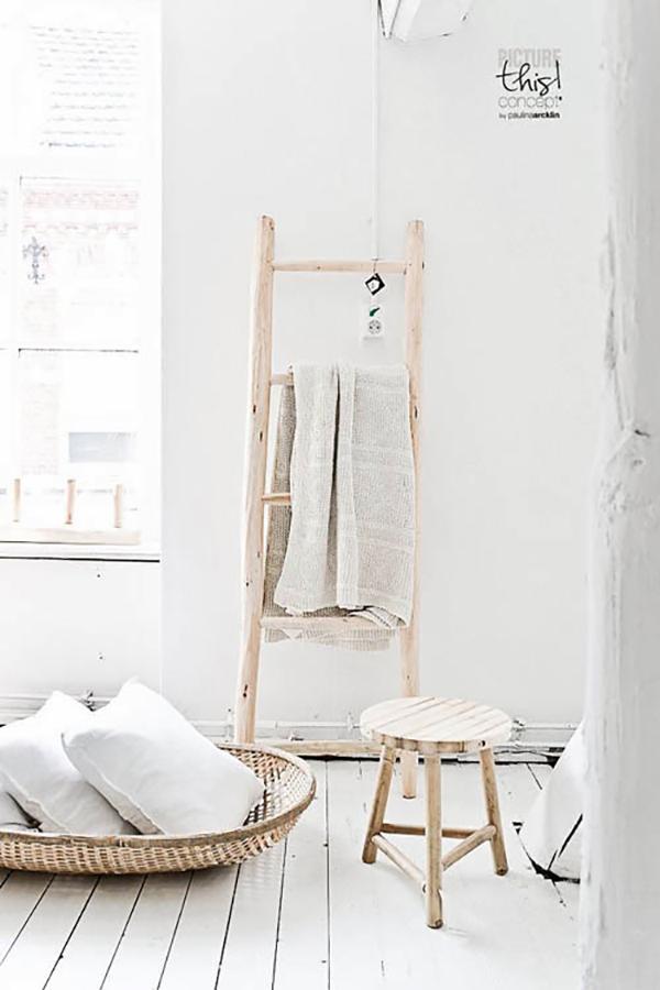 ideas-escalera-vieja-baño-toallas
