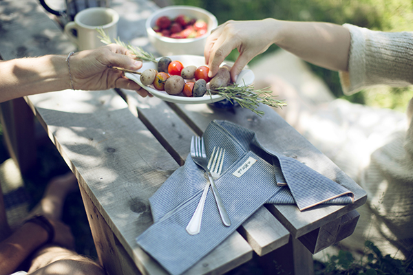 Kinfolk_Light-Summer-Meals_Web-471