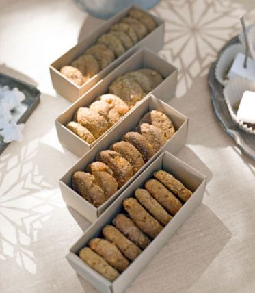 54eb6552ca15f_-_clx-let-it-snow-ginger-cookies-0213-xln